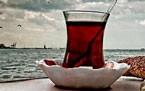 Siyah çay içmek hayatımızda bu kadar yer alırken sağlığımıza nasıl etki ediyor hiç düşündünüz mü?
