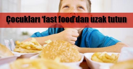 Anne-babalara fast food uyarısı