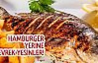 Hamburgerin merkezine balık ekmek
