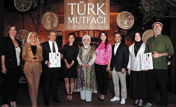 Asırlık Tariflerle Türk Mutfağı